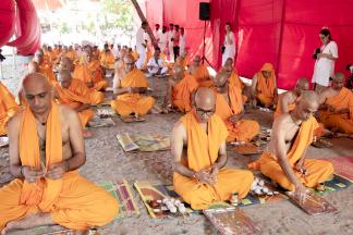 മാതാ അമൃതാനന്ദമയി മഠത്തിൽ സന്യാസദീക്ഷ;260ൽ പരം ശിഷ്യർക്ക് ദീക്ഷ നൽകാനൊരുങ്ങി മാതാ അമൃതാനന്ദമയി മഠം