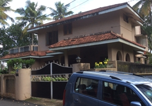 House for sale in Kudappanakkunnu Junction