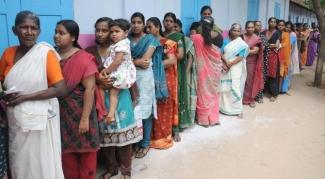 തലസ്ഥാന ജില്ലയിൽ ഒരുങ്ങുന്നത് 70 മാതൃകാ പോളിങ് സ്റ്റേഷനുകളും 32 വനിതാ സൗഹൃദ പോളിങ് സ്റ്റേഷനുകളും; ഇത്രയുമിടത്ത് മാതൃകാ കേന്ദ്രങ്ങൾ സജ്ജീകരിക്കുന്നതു ചരിത്രത്തിൽ ആദ്യം
