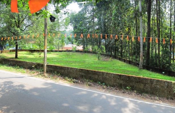 തൊടുപുഴ - മൂന്നാർ റോഡരികിൽ സ്ഥലം വിൽപ്പനയ്ക്ക്