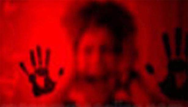 രോഗിയായ യുവതിയെ പീഡിപ്പിക്കാൻ ശ്രമം; ഫോർട്ട് സർക്കാർ ആശുപത്രിയിലെ ഗൈനക്കോളജിസ്റ്റ് അറസ്റ്റിൽ; സനൽ കുമാർ അറസ്റ്റിലായത് കുറവൻകോണത്തെ സ്വകാര്യ ക്ലിനിക്കിൽ വച്ചുള്ള പീഡന ശ്രമത്തിൽ