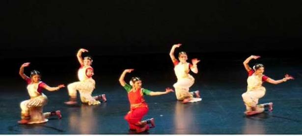 കാൽഗറി രാഗമാലയുടെ നേതൃത്വത്തിൽ സംഗീത നൃത്ത കലാപരിപാടി അരങ്ങേറി