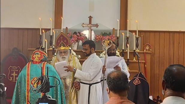 ഡോ.ഗീവർഗീസ് മാർ തിയഡോഷ്യസ് -മാർത്തോമ്മ സഭയുടെ സഫ്രഗൻ മെത്രാപ്പൊലീത്ത