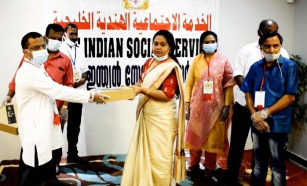 ഓണസദ്യ കിറ്റുകൾ ഗൾഫ് ഇന്ത്യൻ സോഷ്യൽ സർവ്വീസ് വിതരണം ചെയ്തു