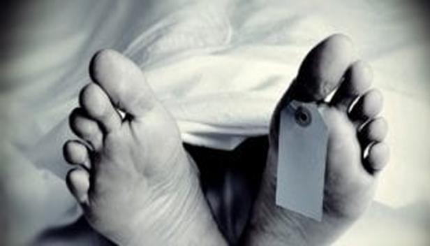 അഞ്ച് മക്കളുണ്ടായിട്ടും പിതാവിനെ വൃദ്ധസദനത്തിലാക്കി; മനംനൊന്ത് റിട്ട: സർക്കാർ ഉദ്യോഗസ്ഥനായ 82-കാരൻ ആത്മഹത്യചെയ്തു