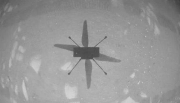 ചൊവ്വയിൽ ഹെലികോപ്ടർ പറത്തി നാസ; മൂന്ന് മീറ്റർ ഉയരത്തിൽ പറന്നുയർന്ന് നാസയുടെ ഇൻജെന്യൂയിറ്റി