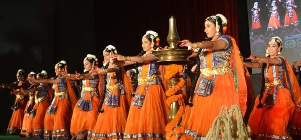 ഡൽഹി മലയാളി അസോസിയേഷന്റെ പൊന്നോണ രാവ് വർണാഭമായി