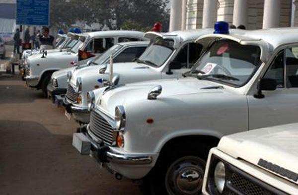 മാരുതി വന്നപ്പോൾ പിന്മാറാൻ തുടങ്ങി ഒടുക്കം ചരിത്രത്തിലായ അംബാസിഡറിനെ ഫ്രഞ്ച് കമ്പനി പ്യൂഷോ ഏറ്റെടുത്തു; ബ്രാൻഡ് നെയിം വിറ്റത് 80 കോടിക്ക്