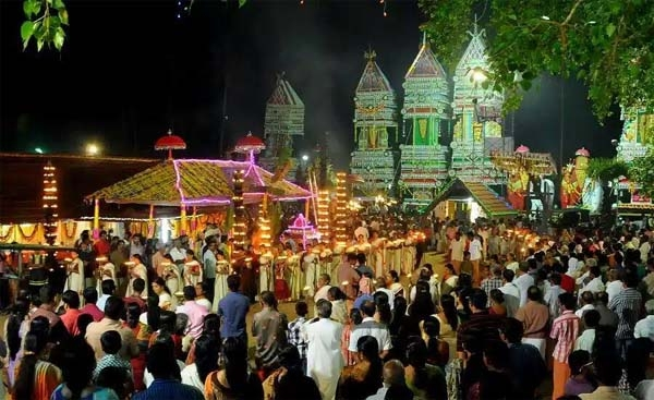 ഏഴംകുളം കുംഭഭരണി മഹോത്സവം 'ഇത് ഞങ്ങൾ കരക്കാരുടെ ഉത്സവം'