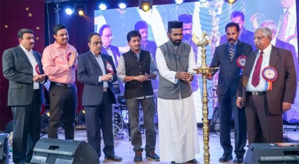 വൈ.എം.സി.എ.കുവൈറ്റ് 'എക്സ്ട്രാവാഗെൻസാ 2018' ഉദ്ഘാടനം ഫാ. ജിജു ജോർജ്ജ് നിർവ്വഹിച്ചു